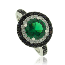Gorgeous Silver Ring With Emerald Gemstone In Round Cut and Zirconia