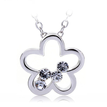 Flower Necklace with Swarovski Crystals