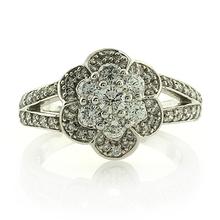 18K White Gold 1K Diamonds Ring