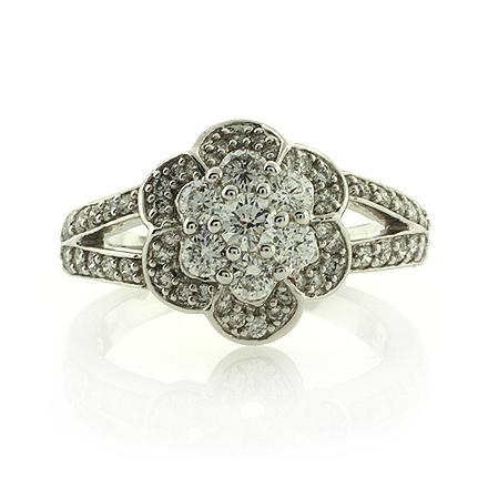 18k White Gold 1k Diamonds Ring Amazing Price