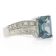 Anillo de Plata .925 con Diamante Azul