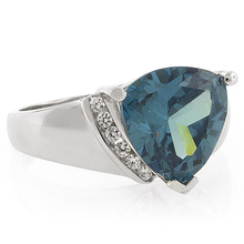 Huge Trillion Cut Blue to Green Alexandrite Silver Ring