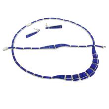 Hermoso Conjunto de Ópalo Azul con Aretes, Collar y Pulsera en Plata .950