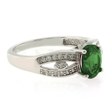 Emerald Oval Cut Stone Ring