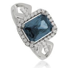 Color Change Alexandrite ( Green/Blue ) Ring in .925 Silver