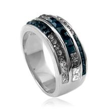Gorgeous Swarovski Crystals .925 Silver Ring
