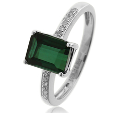 18K White Gold Green Tourmaline Ring 2ct ( 7mm x 5mm ) 0.06 Ct Diamonds