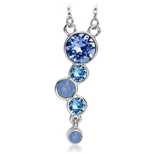 Precious necklace with Swarovski crystal in blue tones