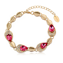 Beautiful Gold Bracelet with Swarovski Crystal