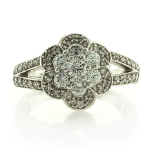 18K White Gold 1 carat Diamonds Ring