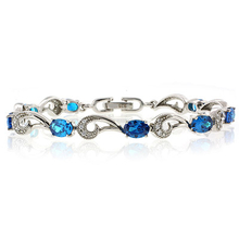 Very Elegant Oval Cut Blue Topaz .925 Sterling Silver Bracelet