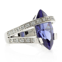 Elegant Tanzanite .925 Silver Heavy Ring