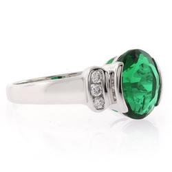 Emerald Oval Cut Stone Ring