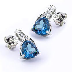 Earrings with Alexandrite in Sterling Silver .925
