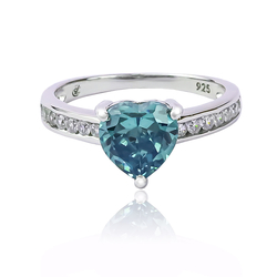 Alexandrite Ring With Heart Shape Cut