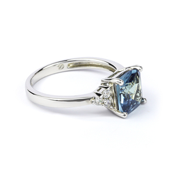 Blue To Green Alexandrite Fashion .925 Sterling Silver Ring
