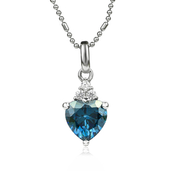 Dije de Plata Corazón de Alejandrita Azul a Verde