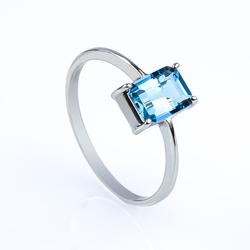 14K White Gold Ring with Genuine Blue Oval Cut Topaz Gemstone