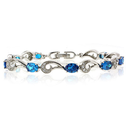 Very Elegant Oval Cut Blue Topaz .925 Sterling Silver Bracelet