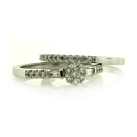 Anillo de Compromiso en Oro Blanco de 14K y Diamantes
