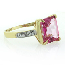 10K Yellow Gold Natural Pink Topaz Ring
