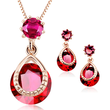 Elegant Fiucsa Necklace and Earring Set